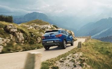 Blå Renault Kadjar SUV